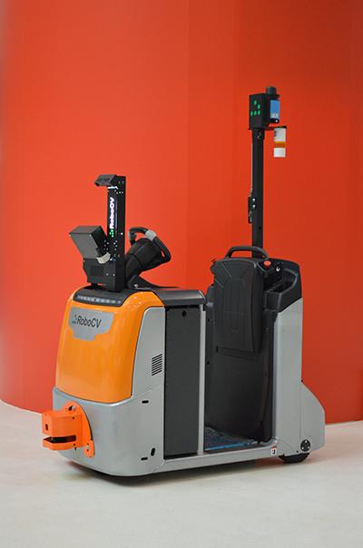 Робот-тягач RoboCV общий вид